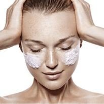 Preventie riduri. Tratamente si creme profesionale pentru mentinerea tenului, recomandate de medicii dermatologi.