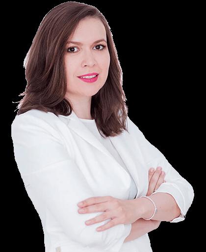 Ioana Pescaru este medic dermatolog in cadrul clinicii Derma Expert by Elōs specializat in indepartarea tatuajelor